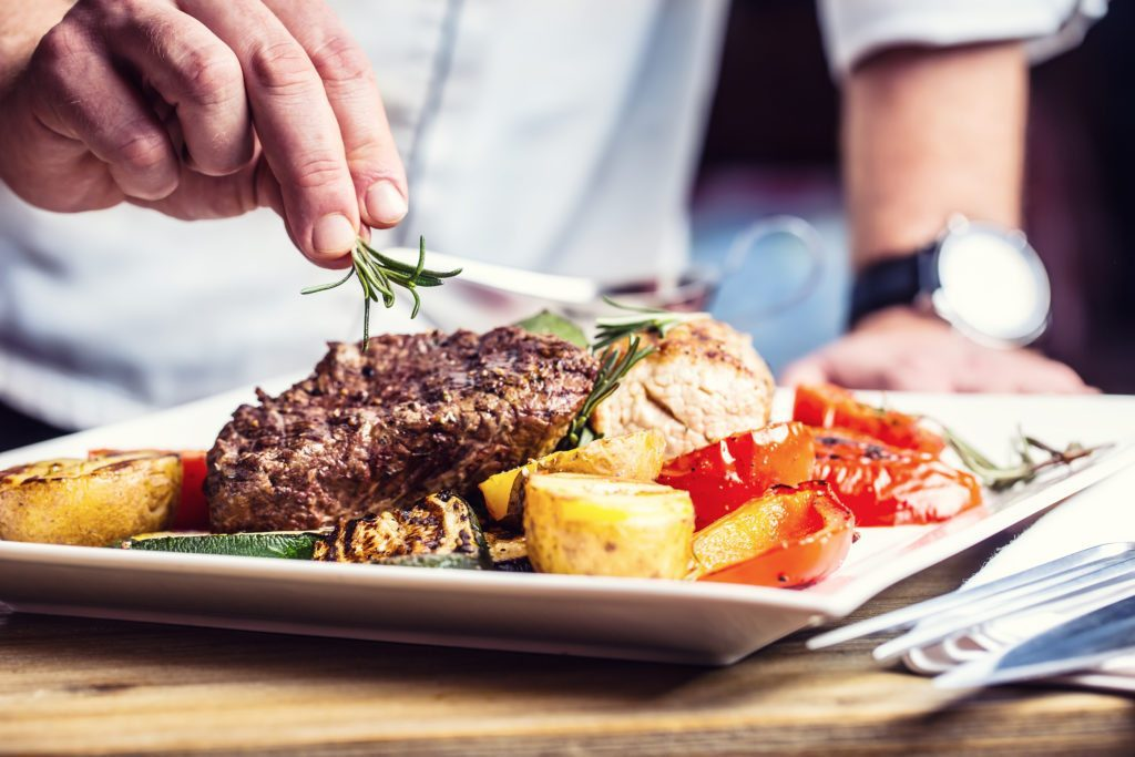 3 Great Restaurants to Try in Huntersville - Huntersville Homes for Sale